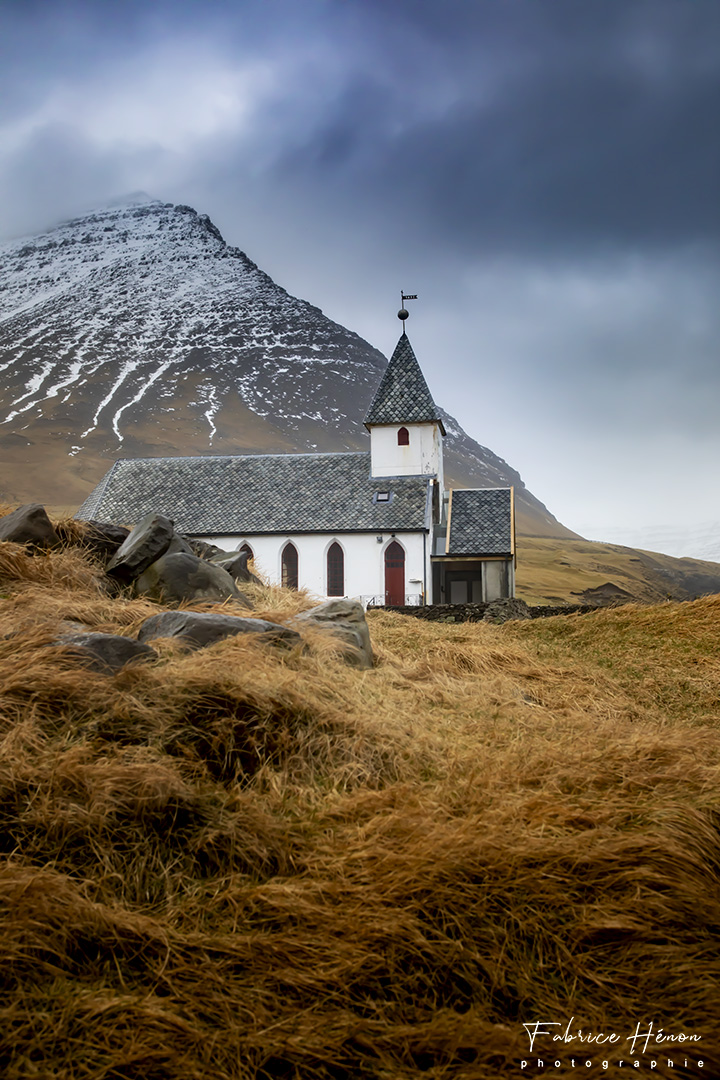 Viðareiði church